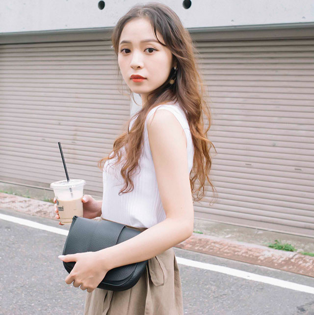 leather-like shoulder bag[134B]