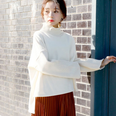 <CLEARANCE SALE>sleeve conscious free tops[191C]