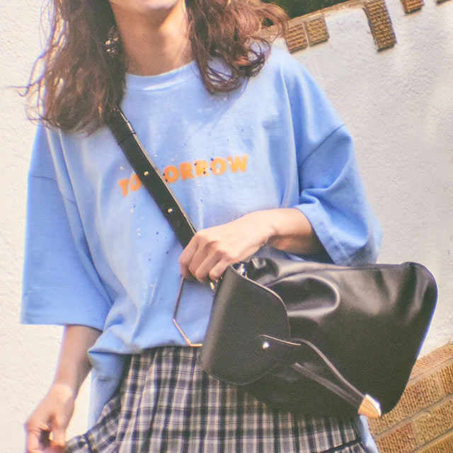 《CLEARANCE SALE!!》【三戸なつめ×Isn't She?】マルチwayバッグ[231B]