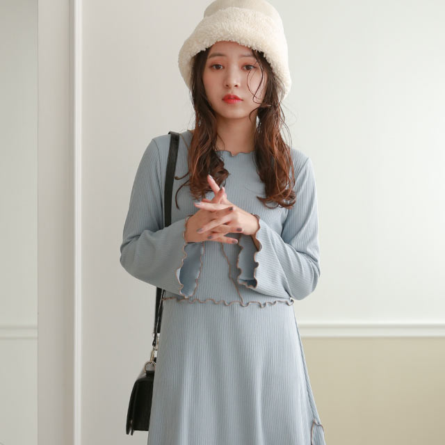 【MERY × Isn't She?】mellow point flare one-piece[2570E]≪送料無料≫