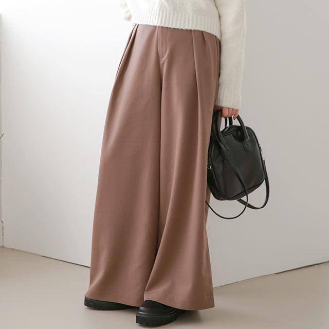 【Mayu Hotta × Isn't She?】high-waist tuck wide pants[3087M]【12月上旬予約】