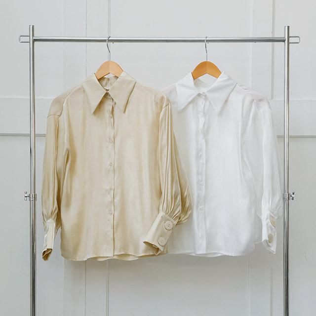 <FINAL SALE>shell button satin blouse[3686C]