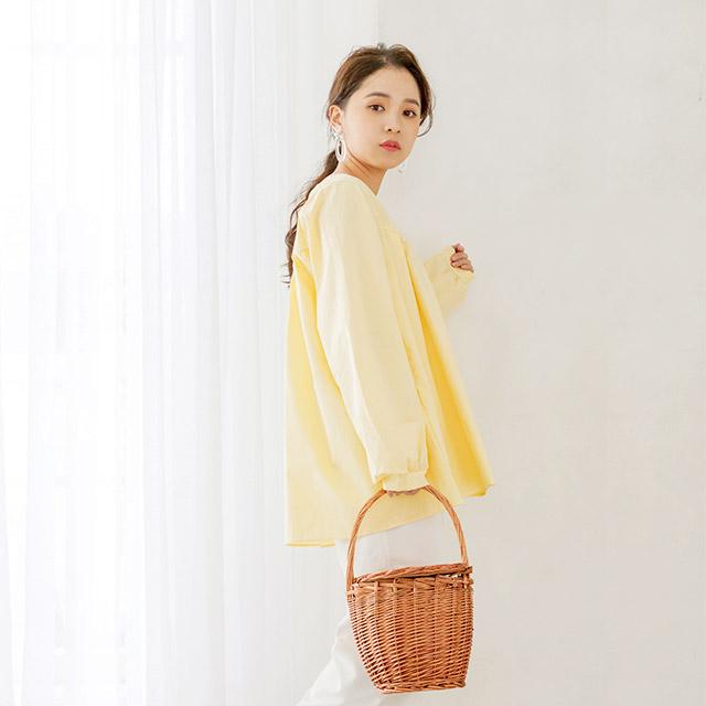 <FINAL SALE>v line flare blouse[3688C]