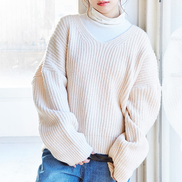 simple v-neck knit[4465C]