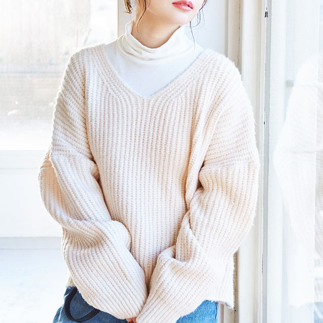 simple v-neck knit[4465C]