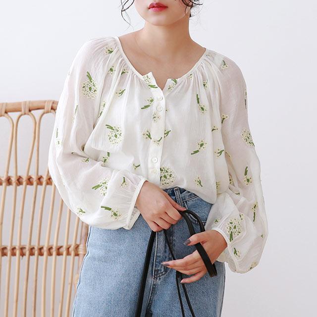 ≪トップス全品送料無料≫flower embroidery blouse[4909C]
