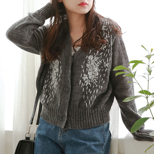 【10/27(tue)19:00〜】embroidery point knit cardigan[5037C]
