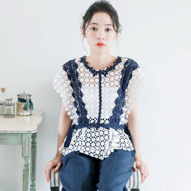 side ribbon lace tops with bare inner[537C]