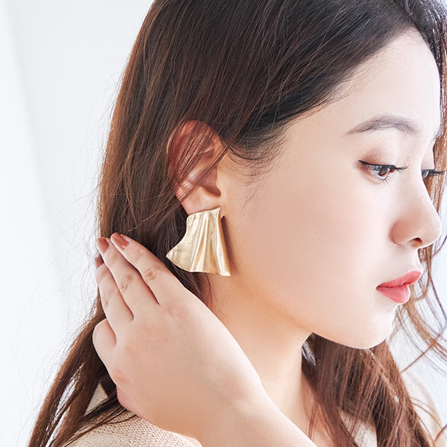 <Final Sale!!>wave plate earring[754J]